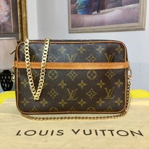 Louis Vuitton Compiegne 23 Shoulder Bag 💼